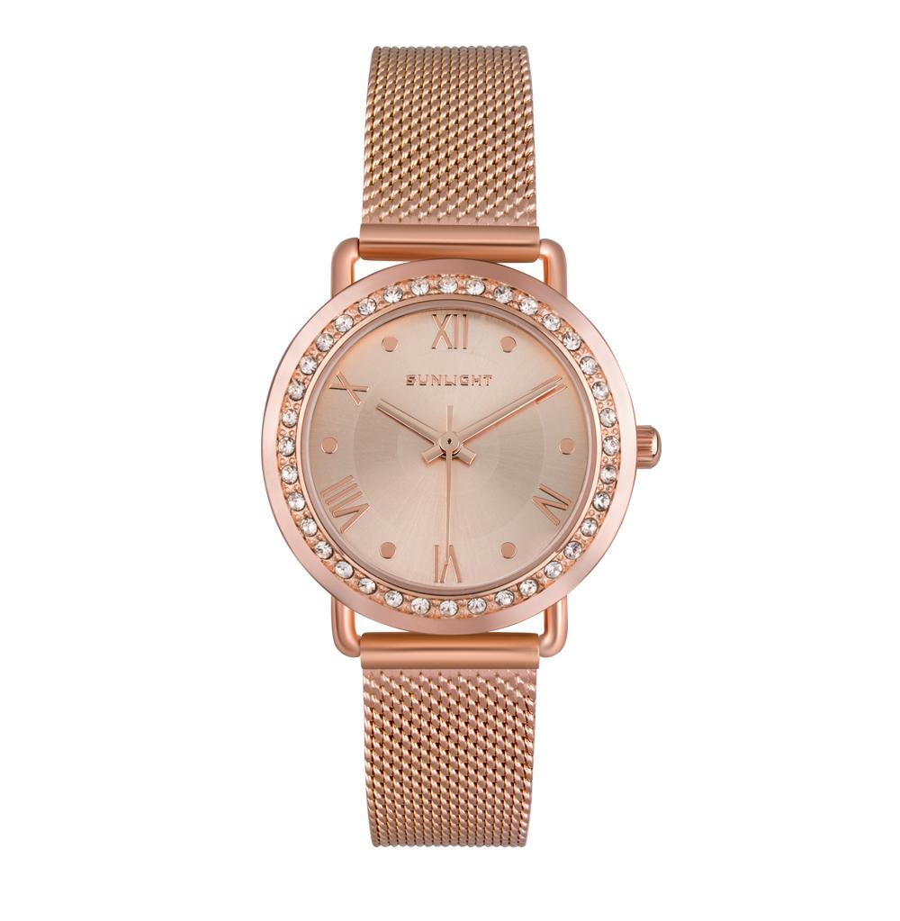 Фото «Женские часы с кристаллами на миланском браслете»