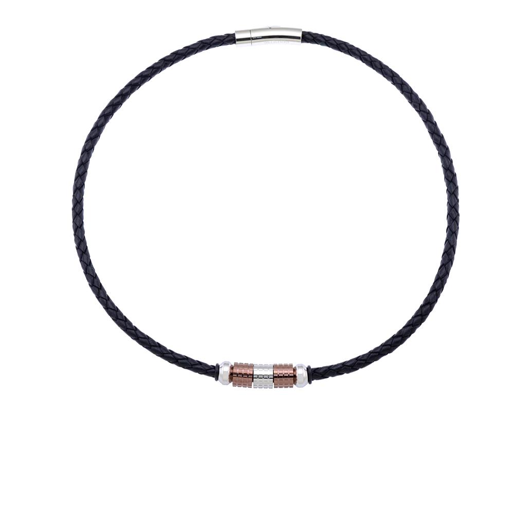 Фото «шейное украшение из кожи с со сталью и каучуком»