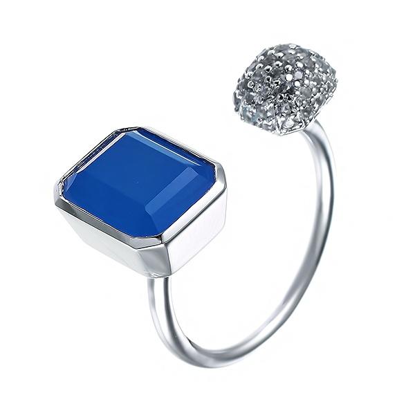 Фото «Серебряное кольцо с халцедонами и кубическими циркониями»