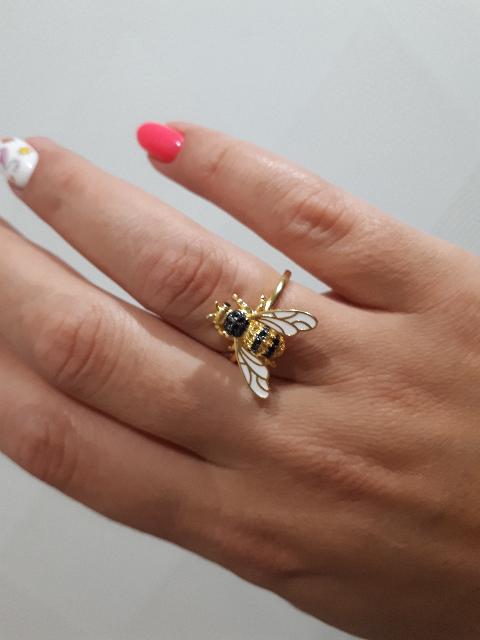 Шикарная пчелка