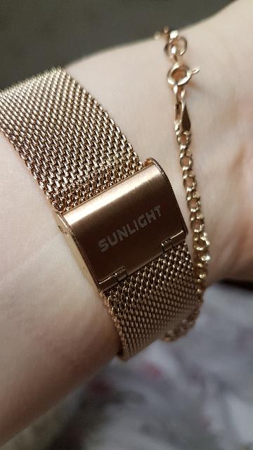 Искала часы чтобы подходили к золотым украшениям.