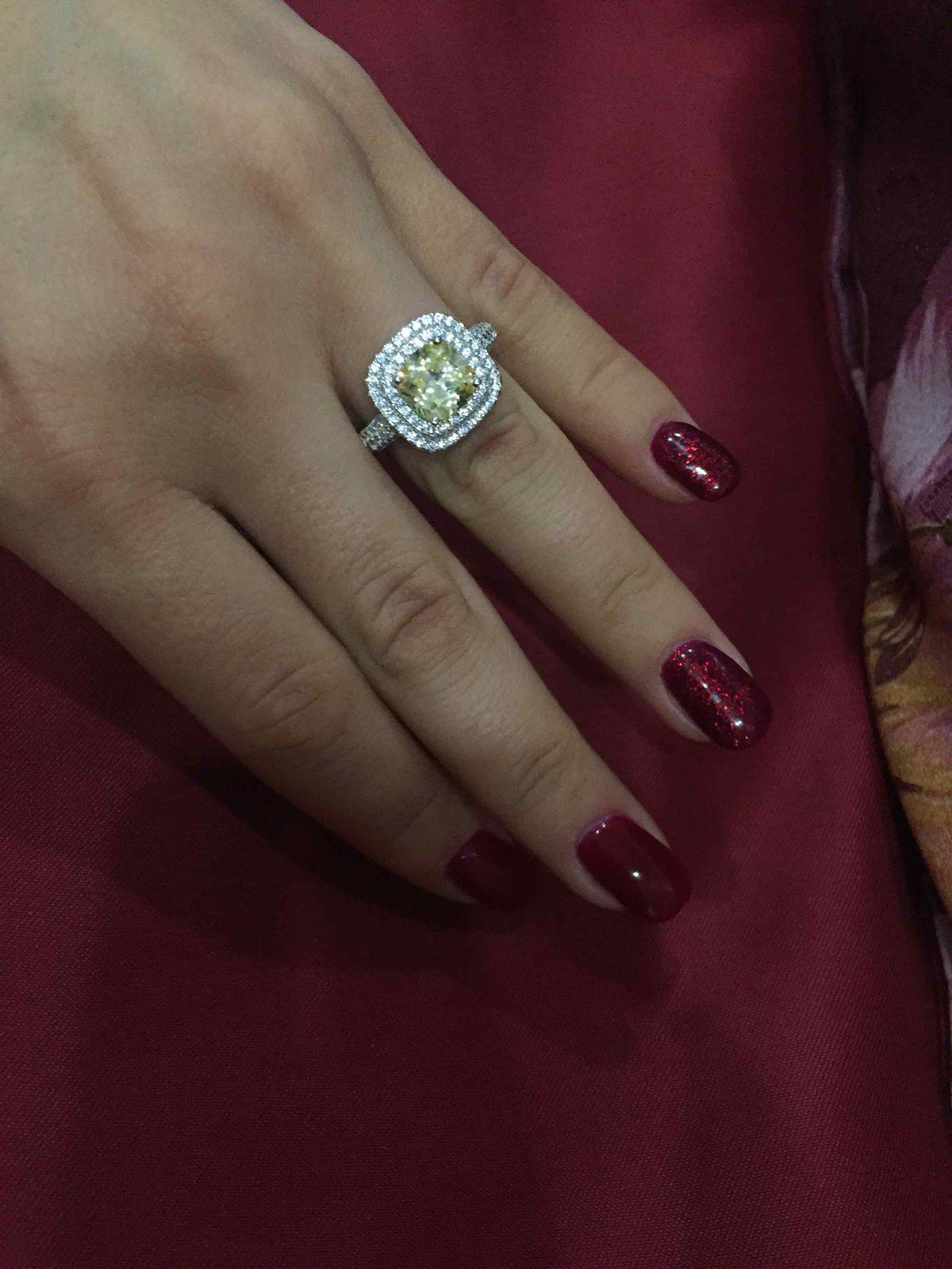 Потрясающее кольцо.