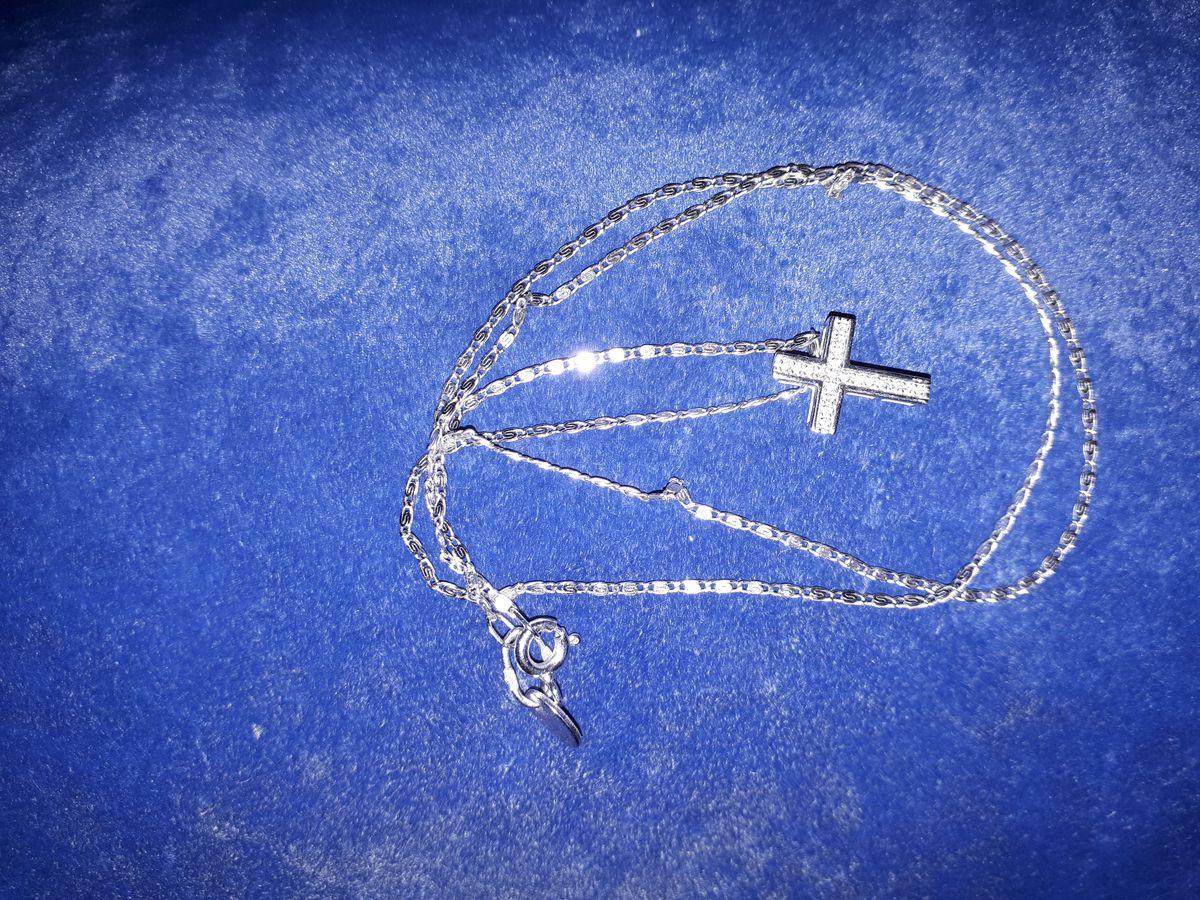Подвеска - крестик с бриллиантиками