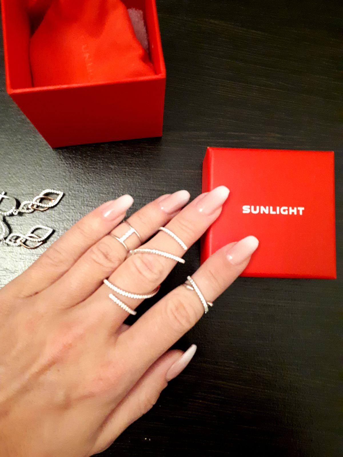 Искала оригинальное кольцо и нашла его в Sunlight