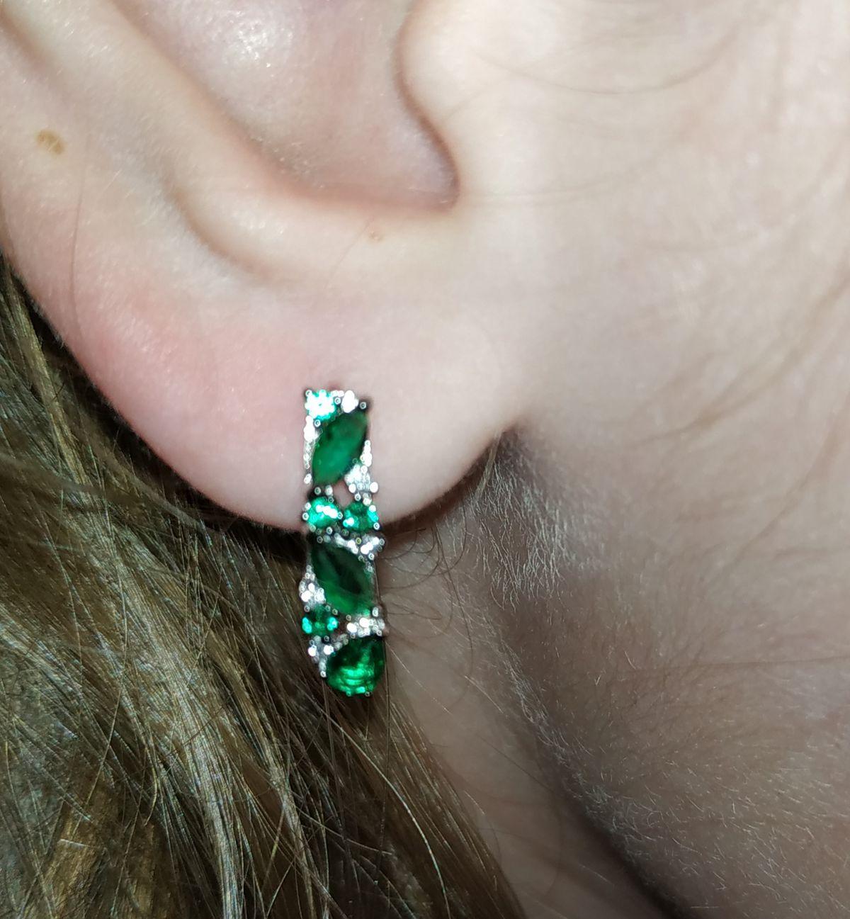 Серьги с зелёными камнями