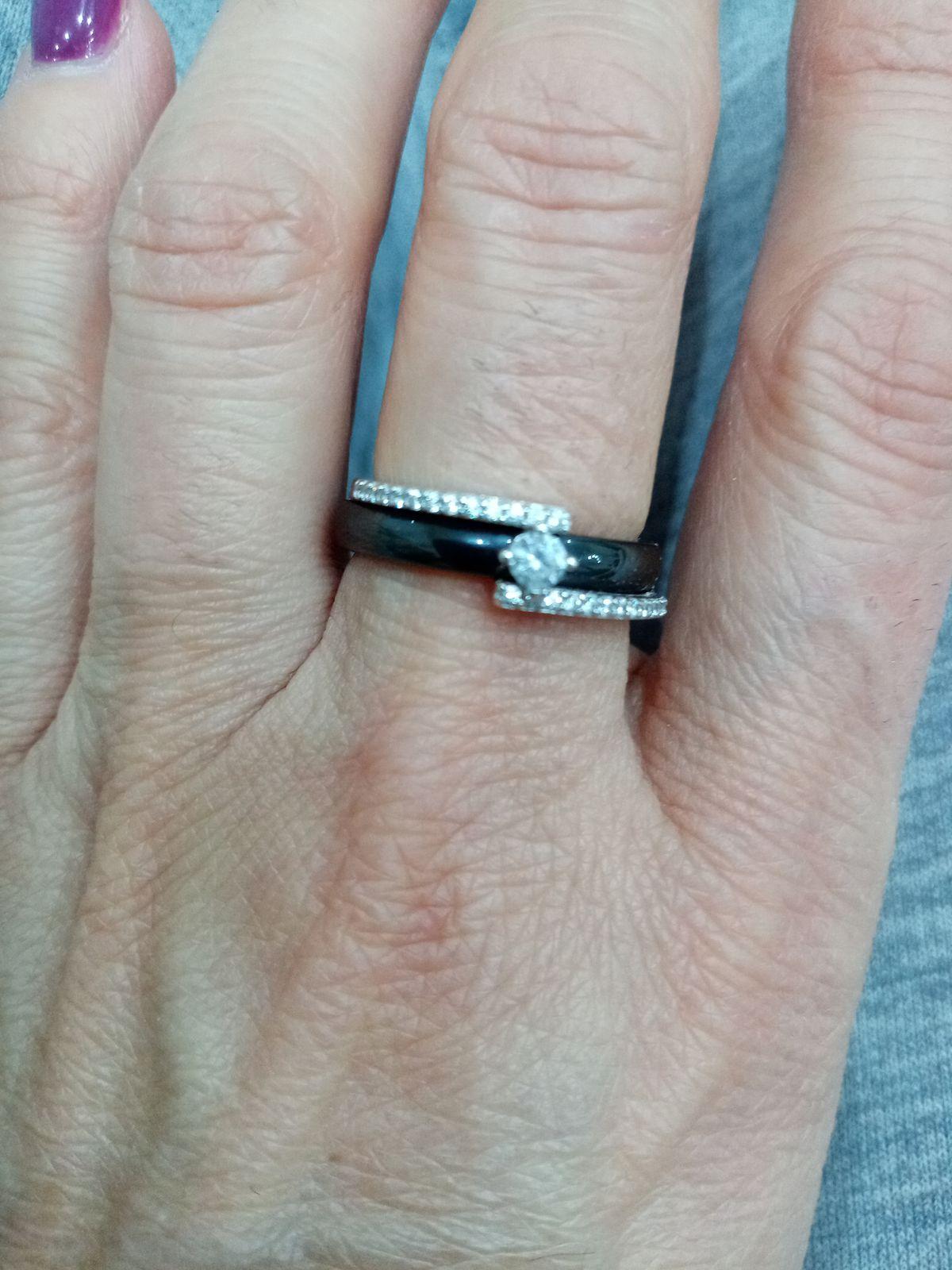 Кольце серебро.