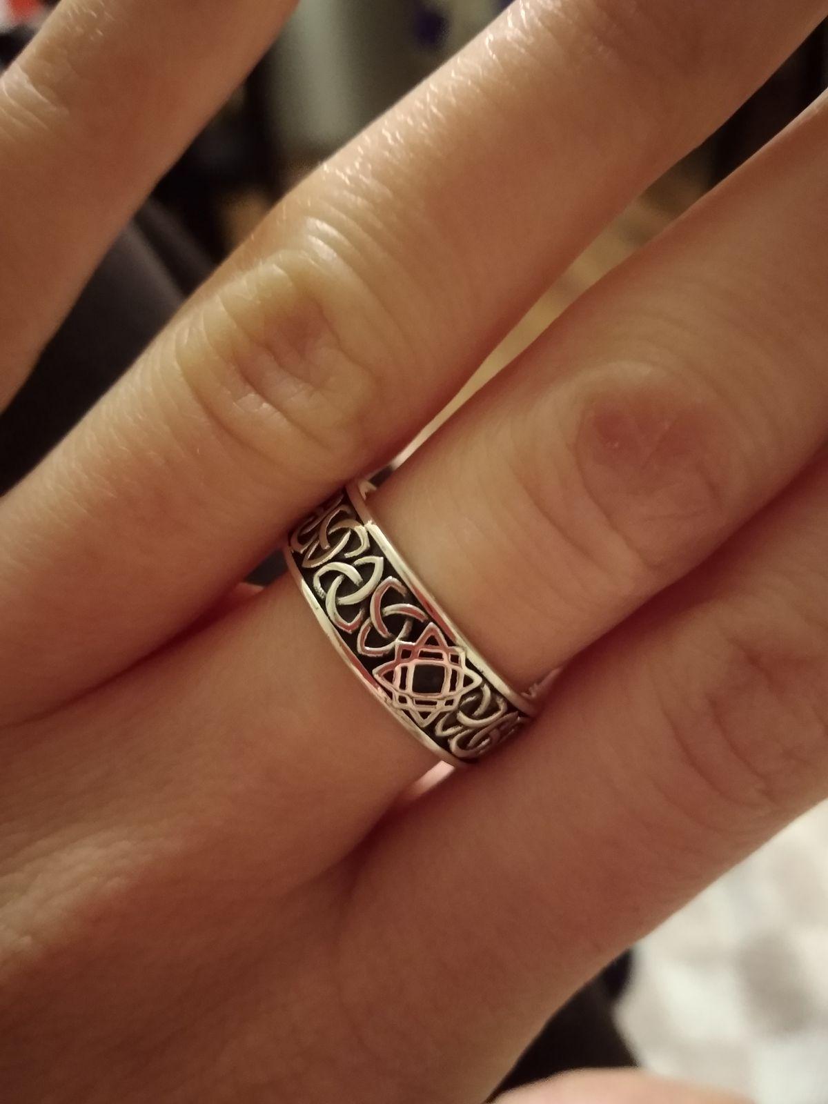 Кольцо, символ Звезда Лады