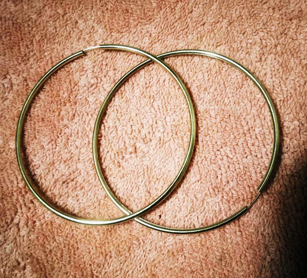 Большие кольца из жёлтого золота