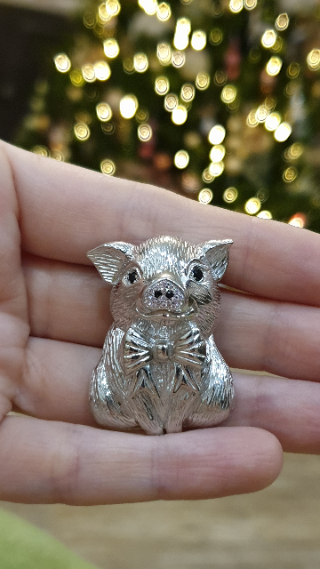 Брошь Свинка