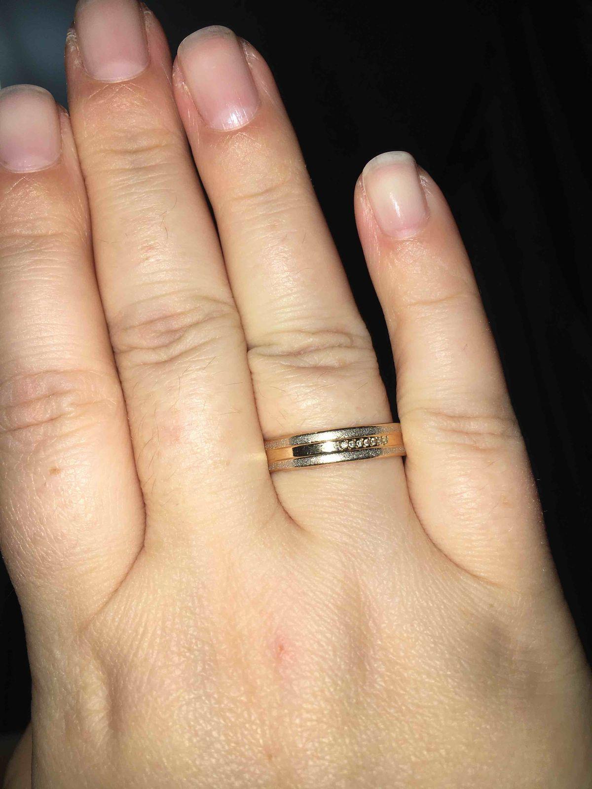 Восхитительное обручальное кольцо!!!!