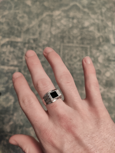 Хорошее кольцо из серебра