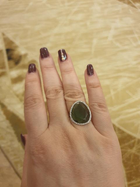 Кольцо с зелёным алпанитом