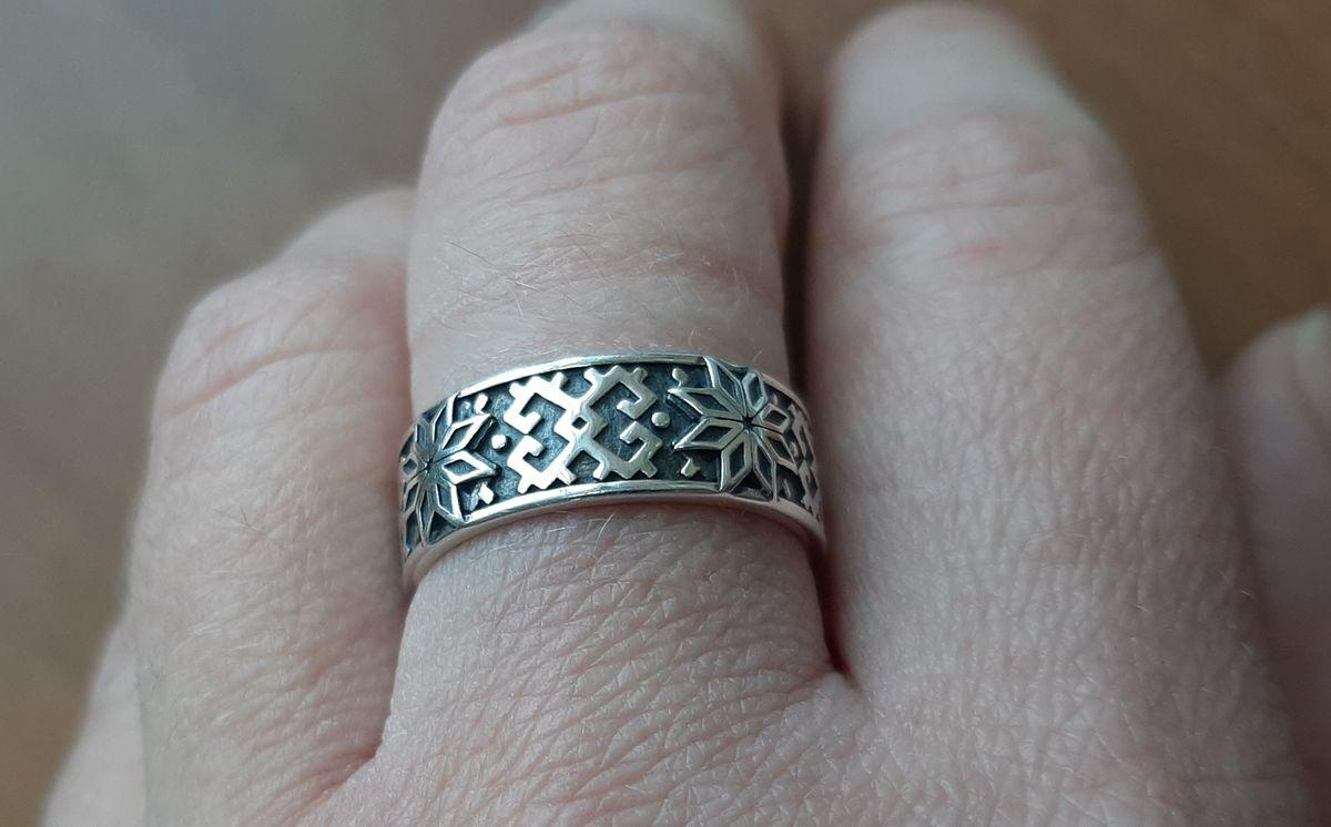 Кольцо-оберег Алатырь