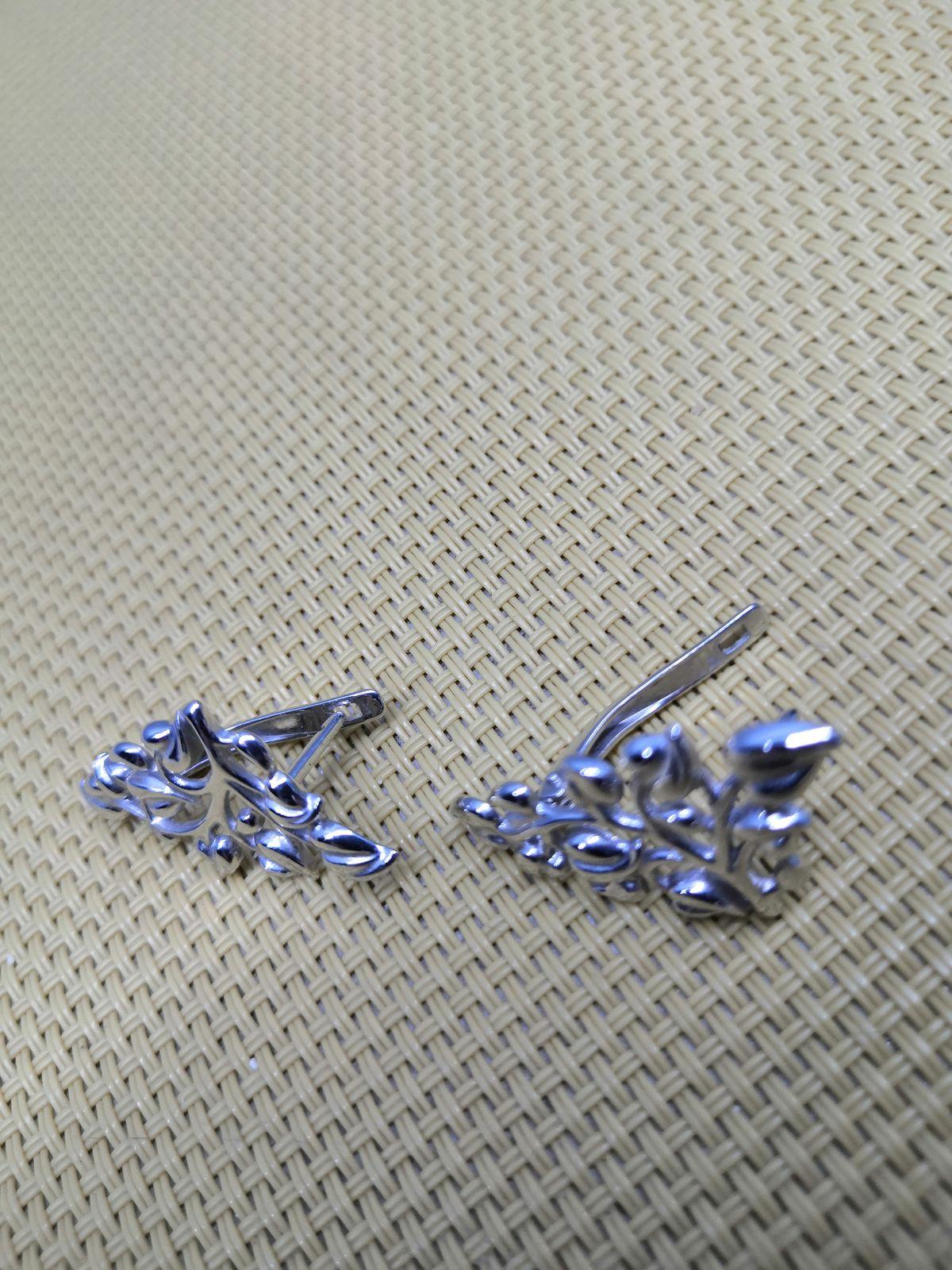 Придя, в магазин, выбор пал на эти серьги, реально смотрятся и цена хороша!