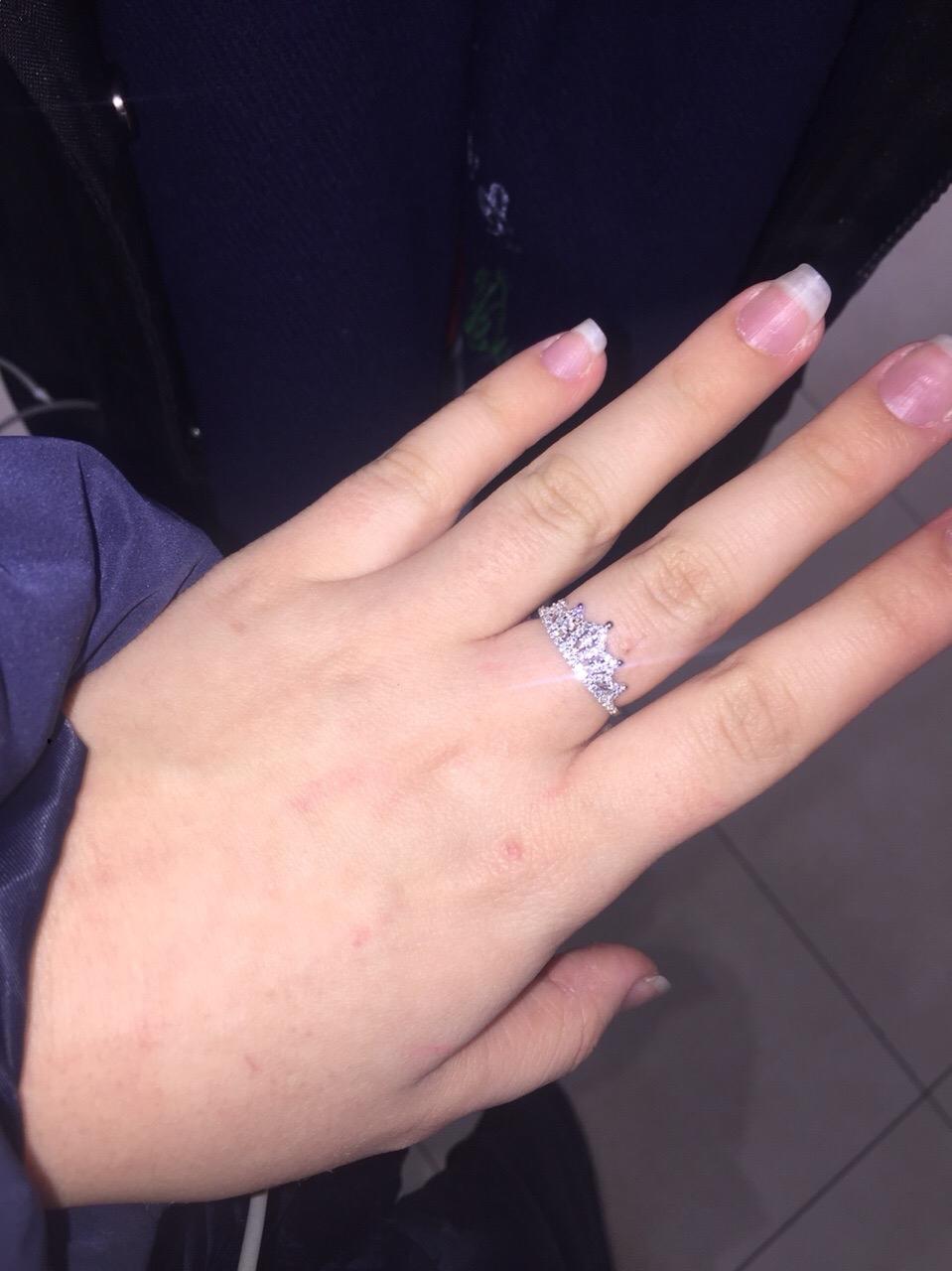 Моя новая любовь - это кольцо