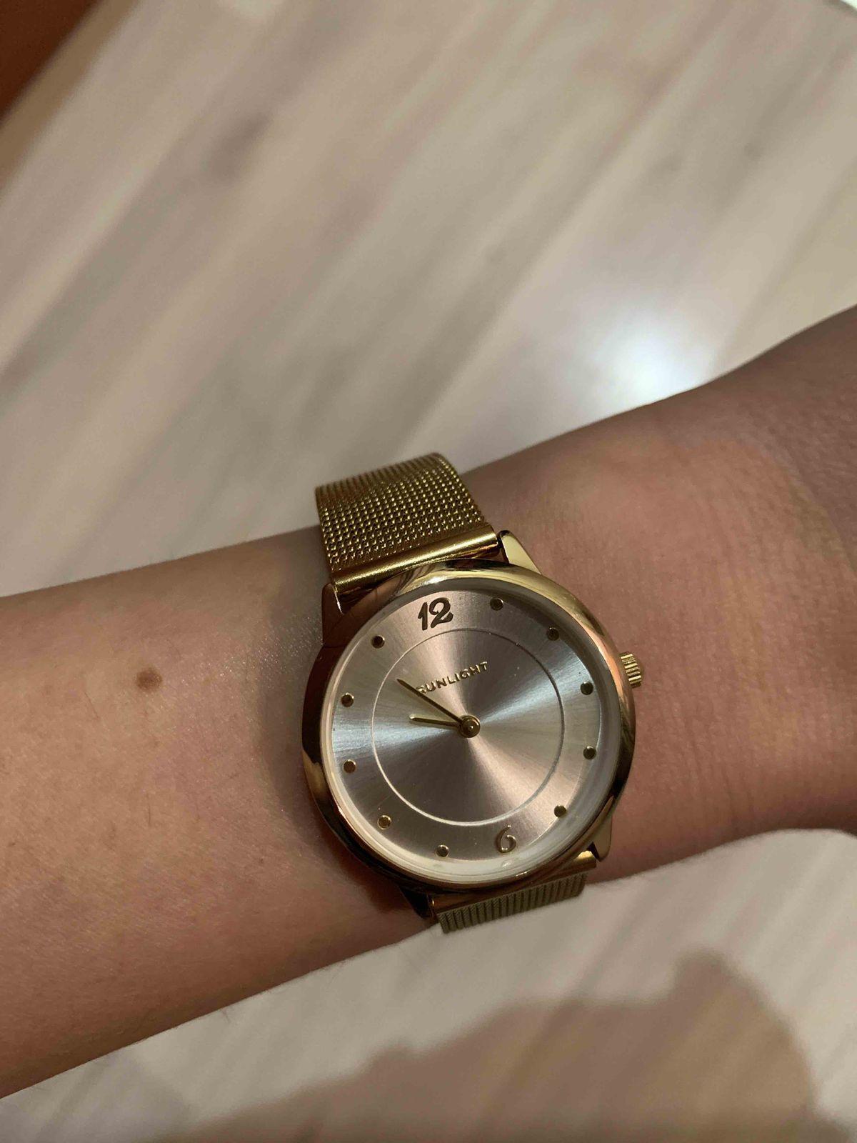 Очень красивые минималистичные часы