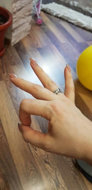 Кольцо -символы  удачи.