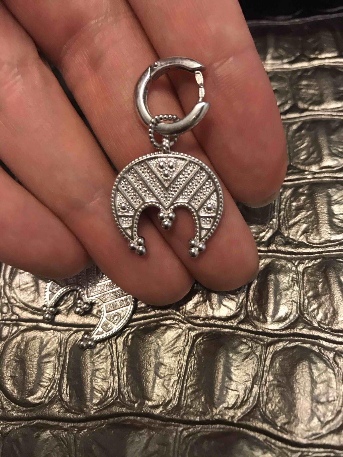 Серебряные серьги-оберег лунница