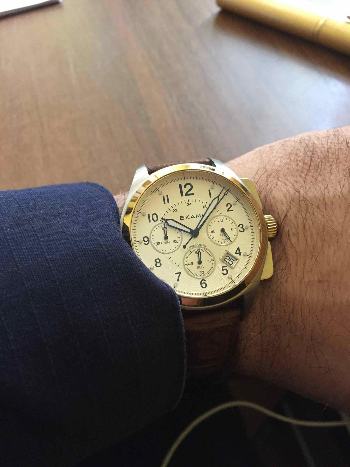 Часы достойные.