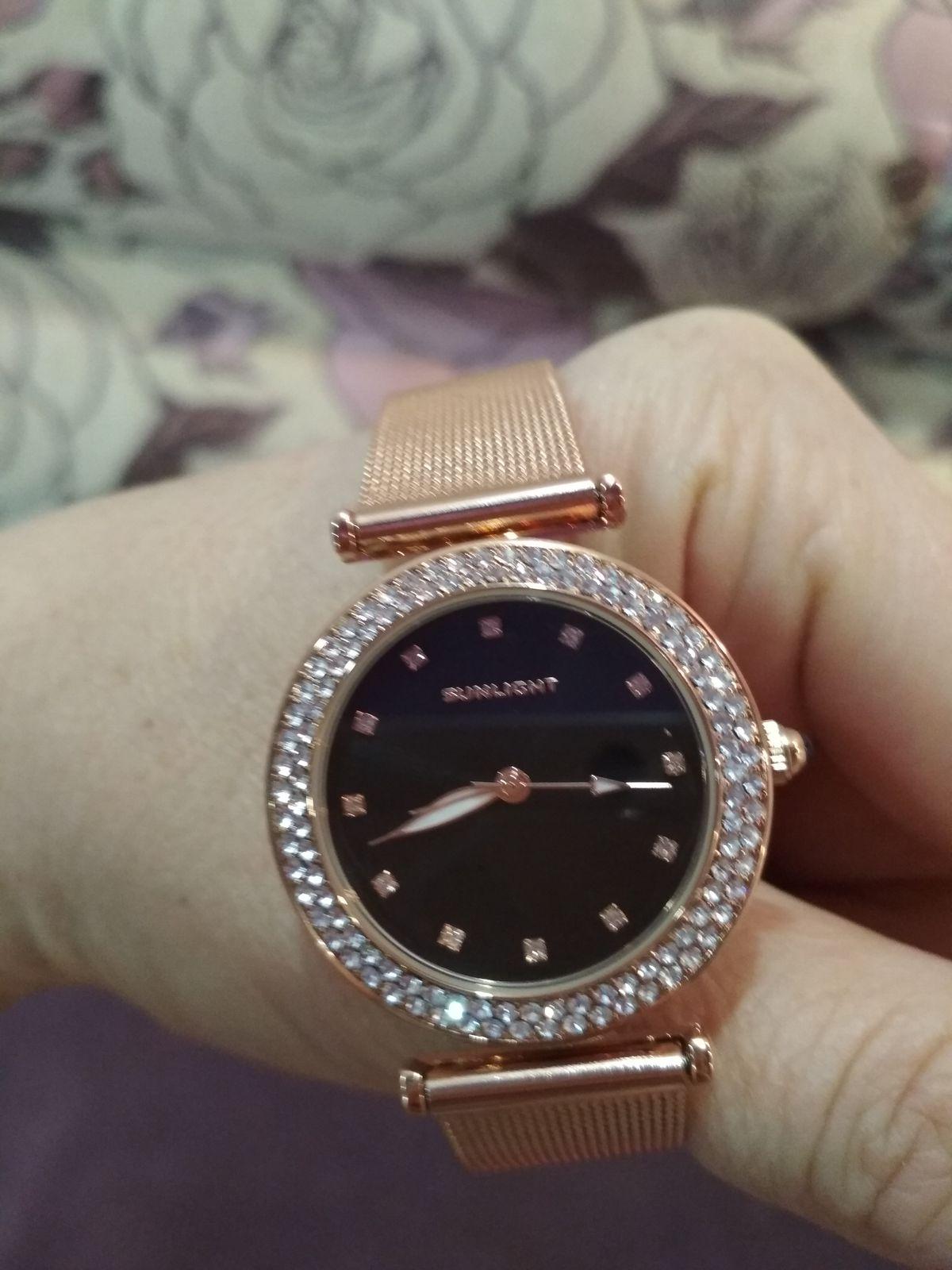 Покупала часы очень понравилось спасибо большое