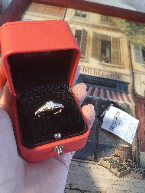 Шикарное колечко с бриллиантами