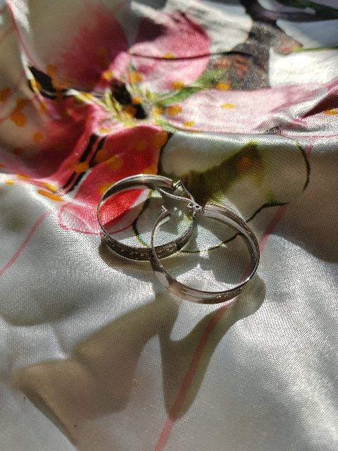 Серьги кольца широкие