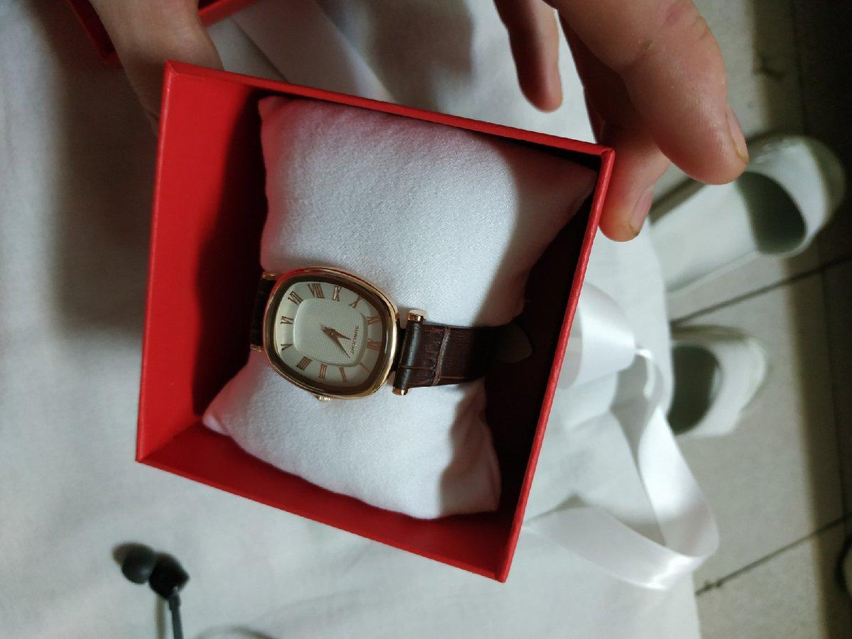 Кайфовые часы подарок для мамы!