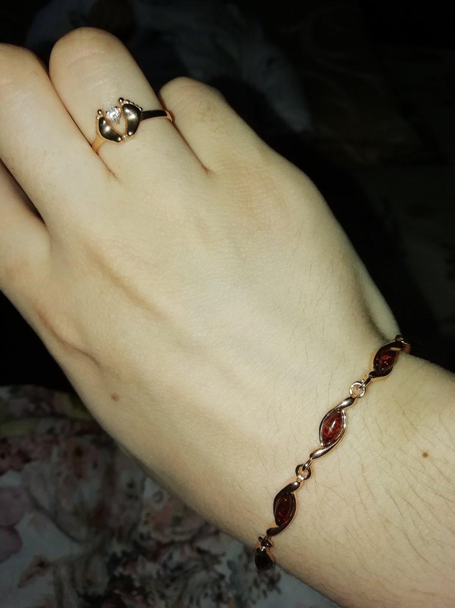 Оочень идеальная браслети для женщины