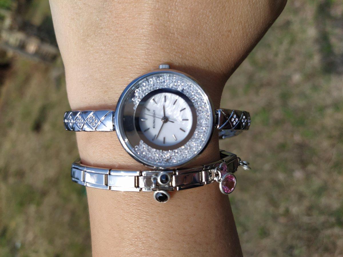 Очень красивые часы!!
