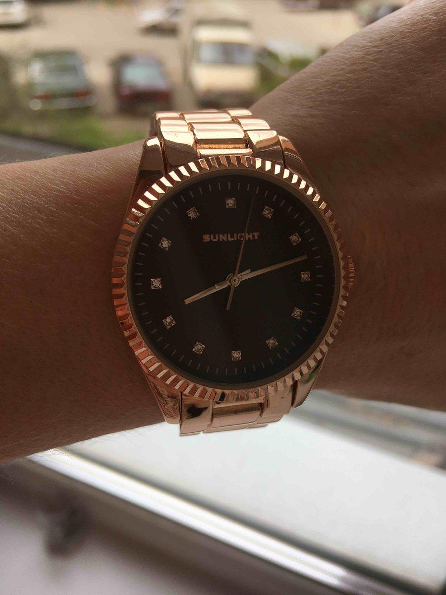Красивые удобные часы!