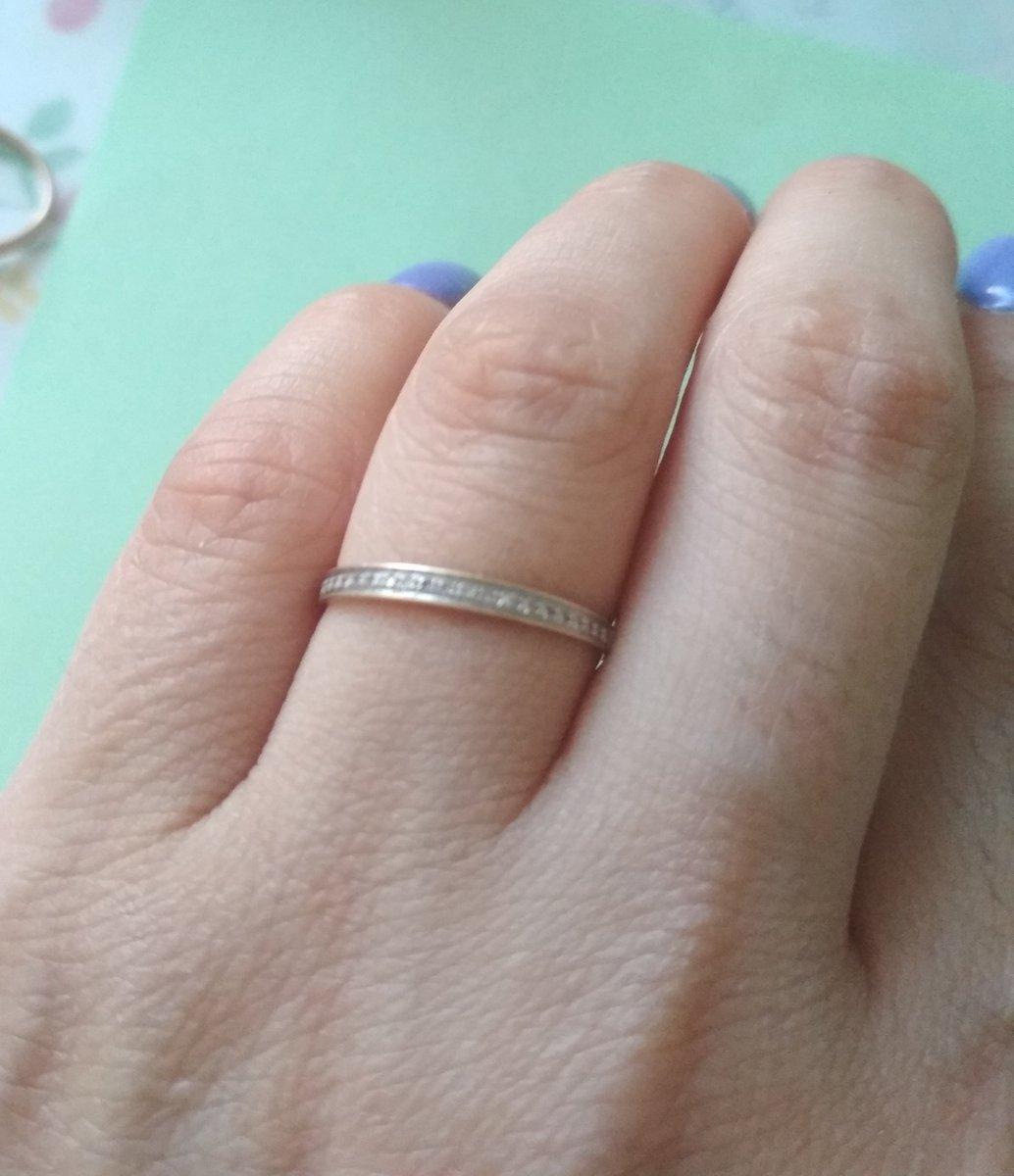 Тоненькое кольцо для утонченных