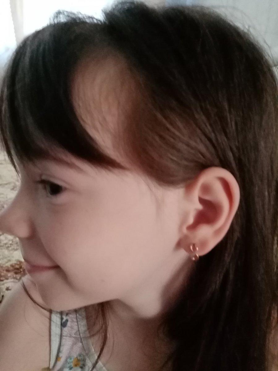 Серги бесконечность для дочери