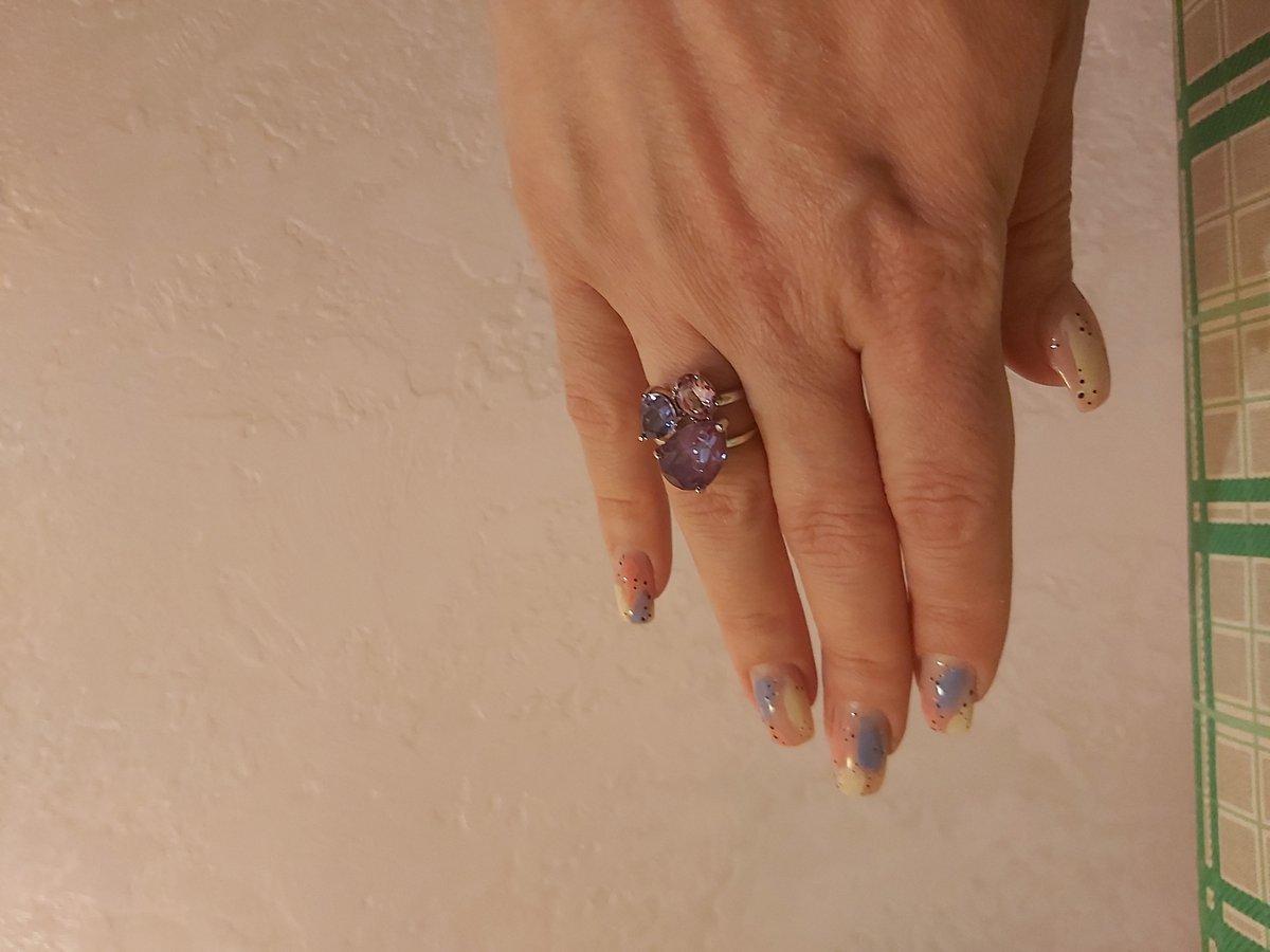 Серебрянное кольцо с кристаллами Соколов, просто супер, богато сиотрится