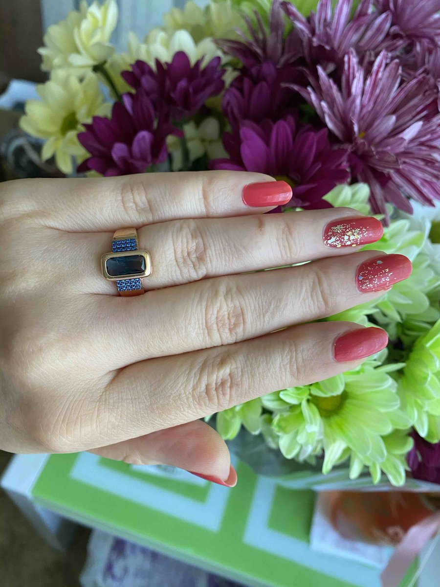 Строгое, классическое и очень красивое кольцо!💍