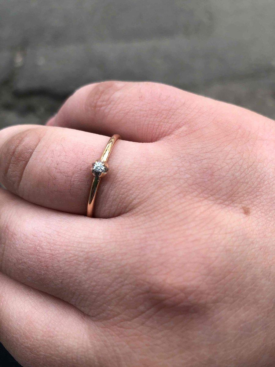 Кольцо с брилиантом на высшем уровне