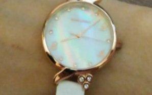 Часы в подарок подруге
