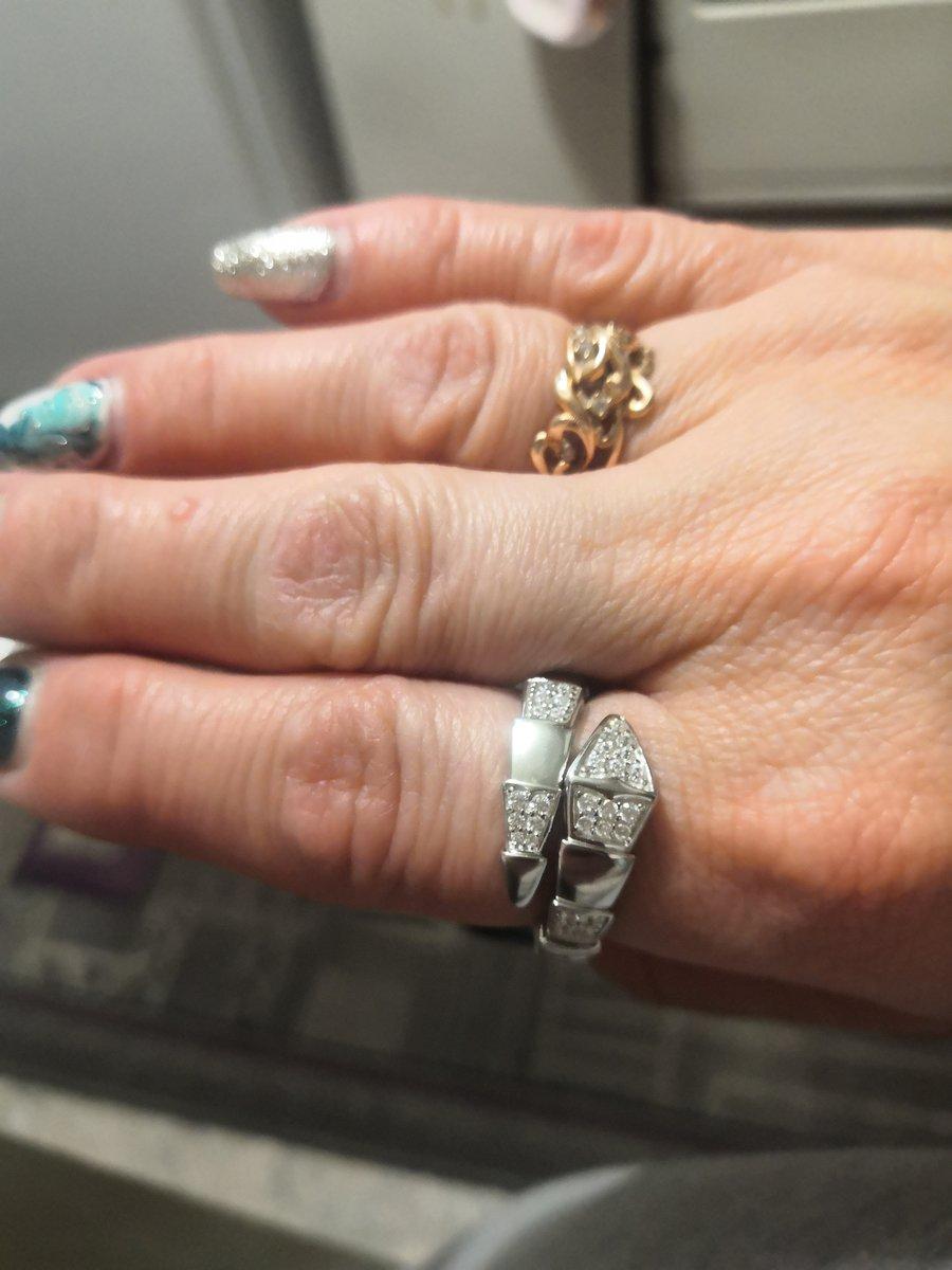 Серебряное кольцо Змейка.