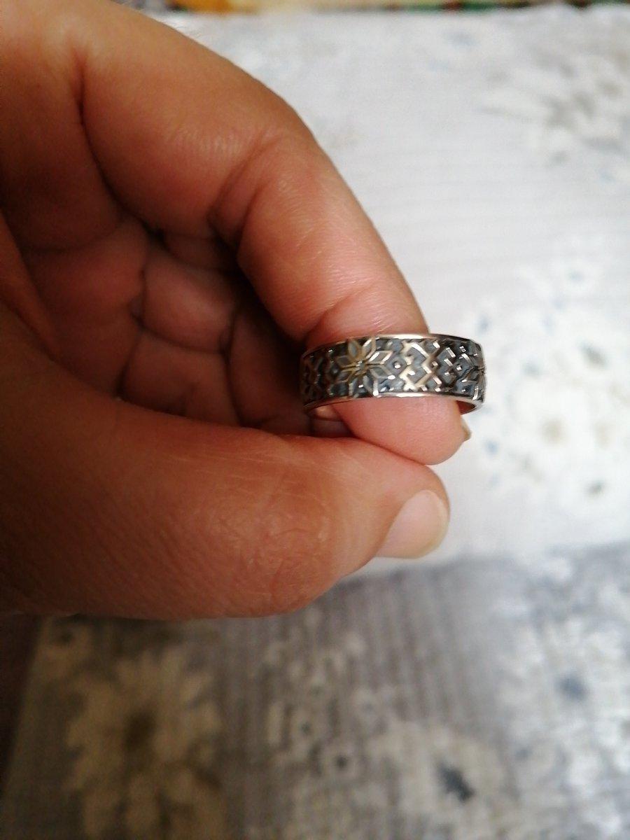 Серебряное кольцо оберёг