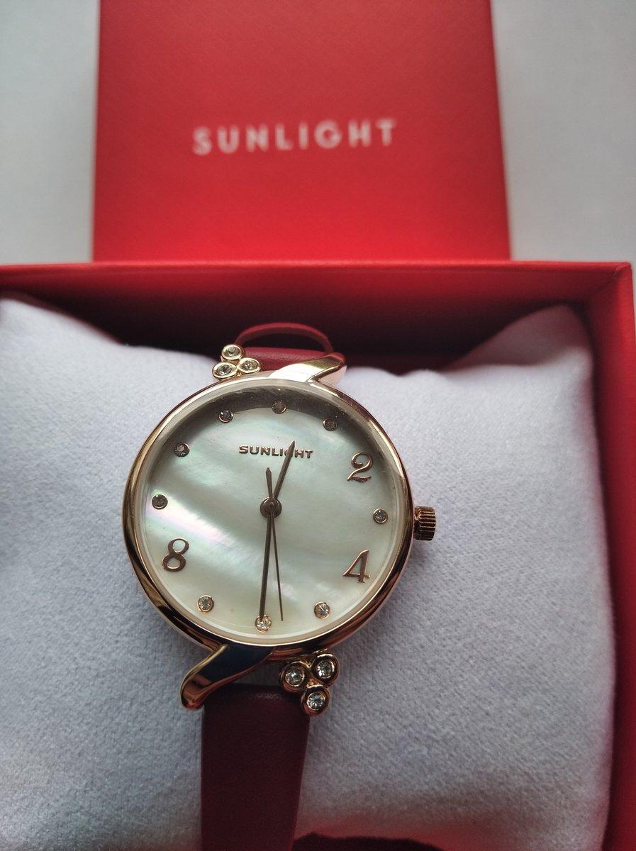 Красивые часы,на руке смотрятся элегантно,понравились