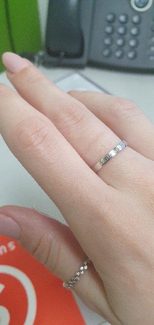 Красивое кольцо с изюминкой