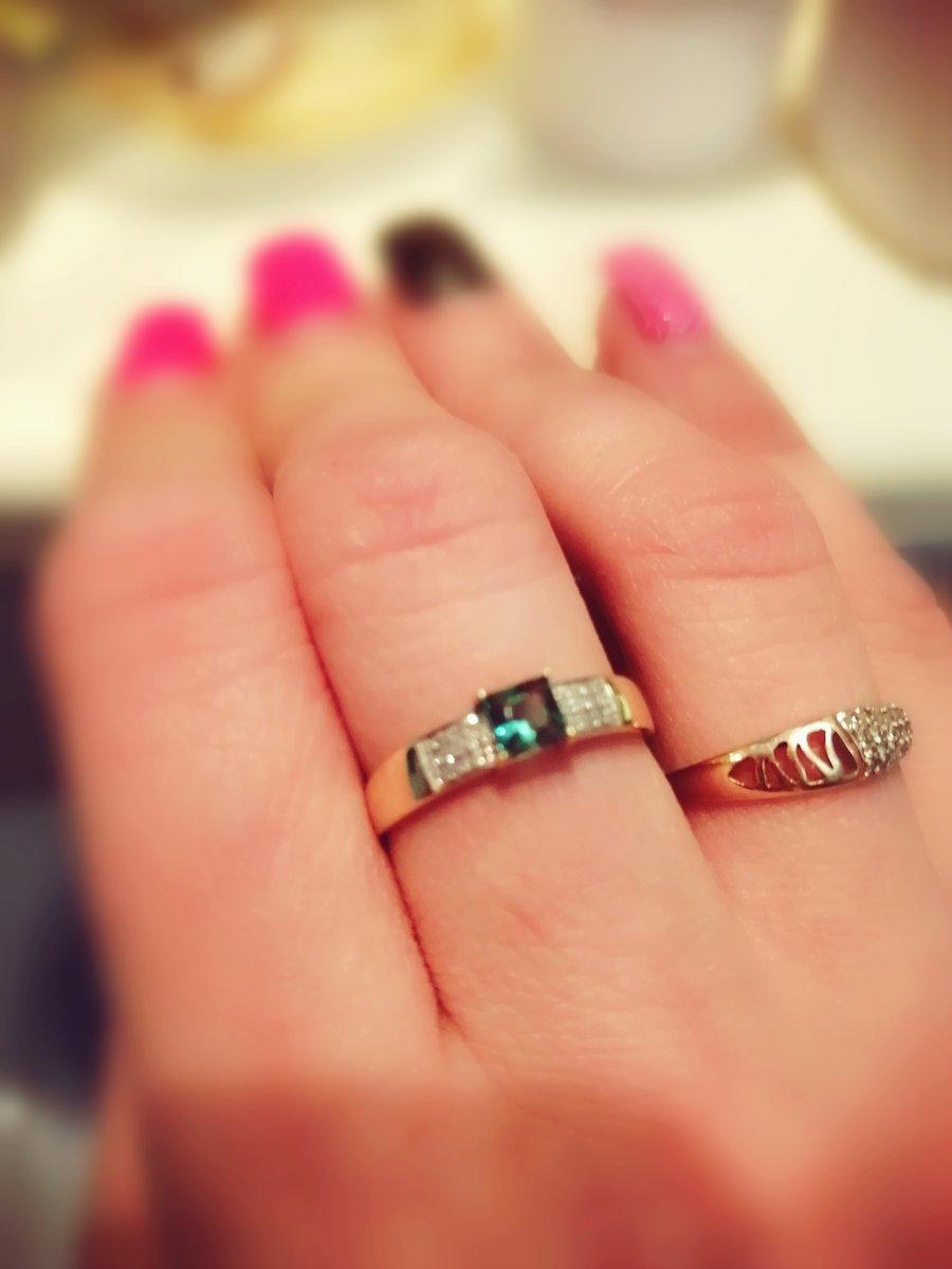 Покупка сережек и кольца