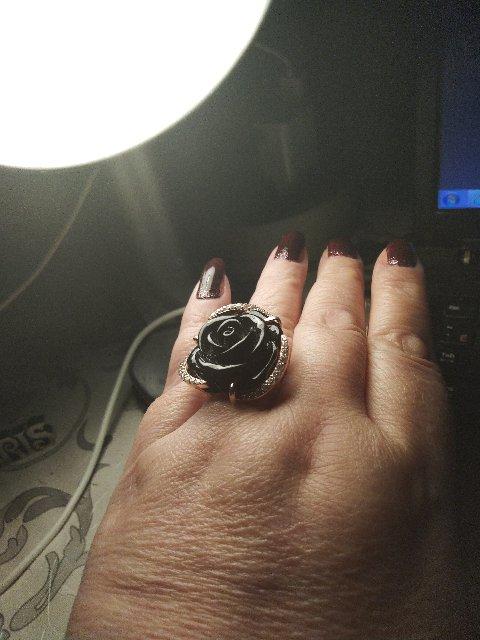 Кольцо с фианитами и агатом