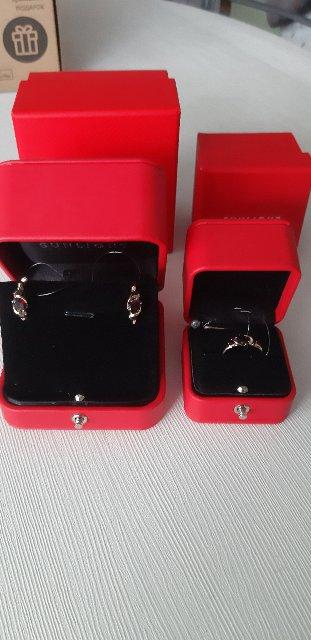 Серьги и кольцо с гранатом