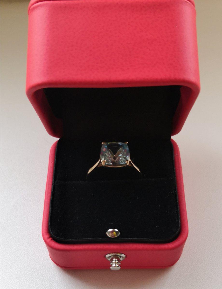 Очень красивое кольцо, а особенно в наборе