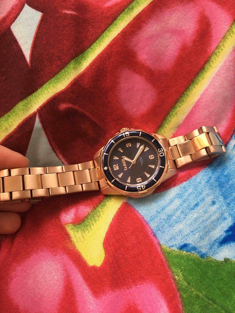 Очень шикарные красивые часы
