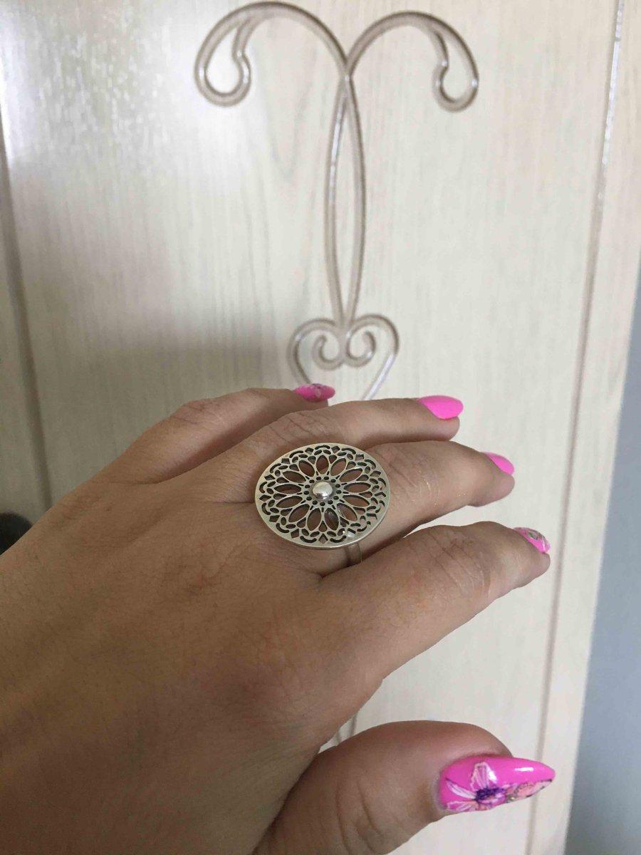 Солнечное кольцо. Прозрачное. Вызывает волшебный образ восточной красавицы!