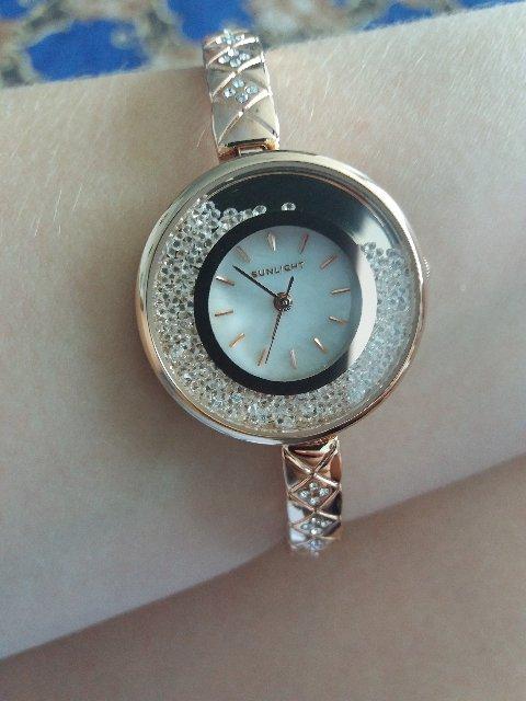 Часы с маленьким ремешком, бижутерия