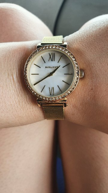 Позолоченные часы