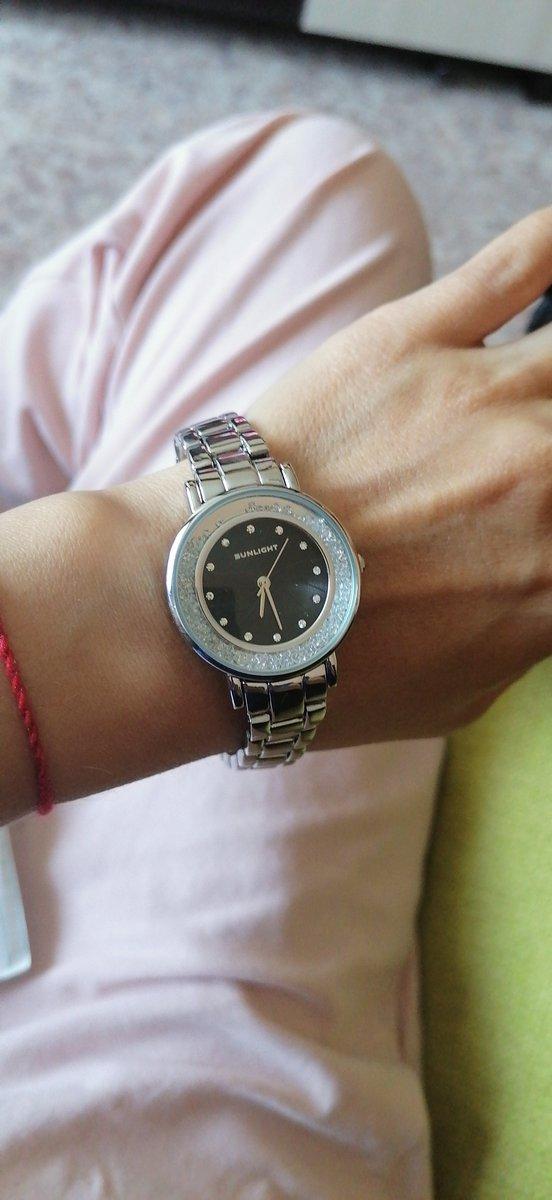 Часы под серебро    с камнями