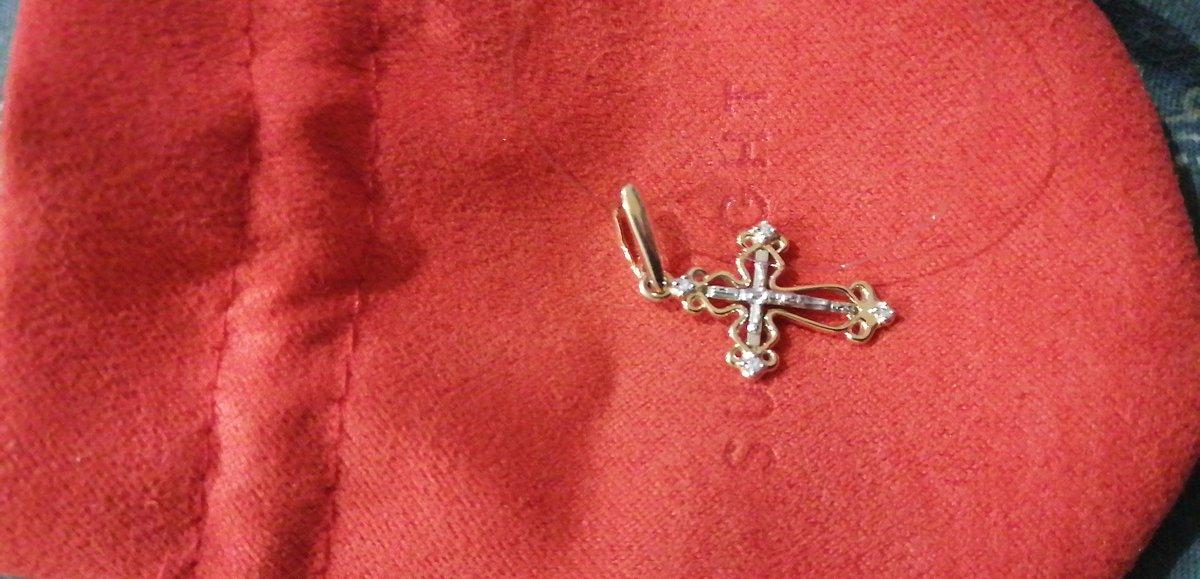 Очень нежный крестик, восхищён работой!
